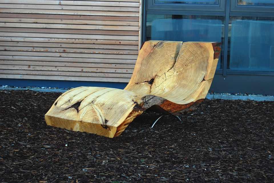 Nachhaltige Möbel aus Holz und Metall